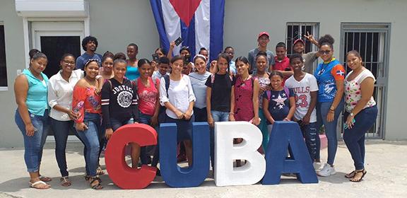 Los elementos presentados en el campamento fueron creados por los jóvenes apadrinados, egresados y personal de Children International.