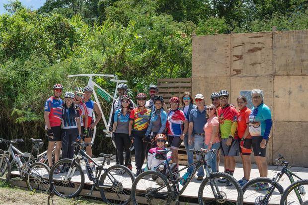 Proyecto ecoturístico de ciclismo en Constanza Hills.