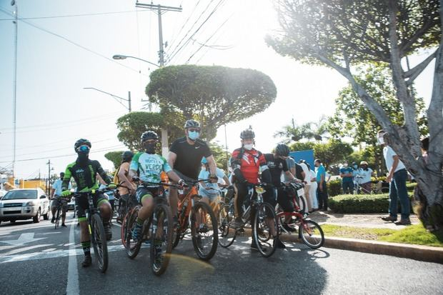 Alcaldesa Carolina Mejía inauguró extensión ciclovía.