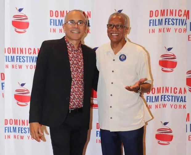Armando Guareño y Robert Jackson.