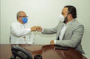 Julio Peña y Benito Ángeles acuerdan trabajar juntos en Ciudad Juan Bosch.