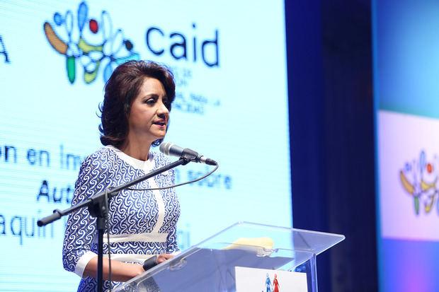 Primera dama reafirma compromiso con los derechos de las personas con autismo