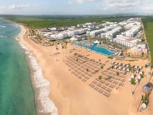 2.  Nickelodeon Hotel y Resort en Punta Cana.