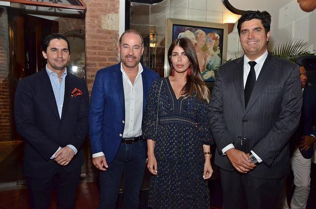 Rafael Paz ofreció cóctel a expertos en comunicación política