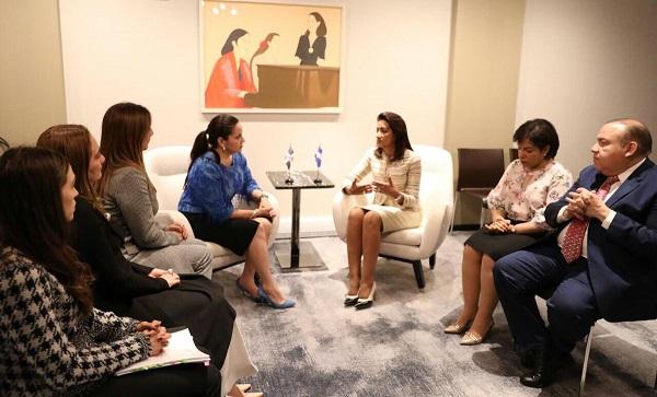 Agradecen a Primera Dama apoyo en programas modelo CAID