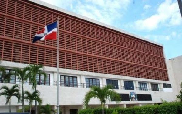 Comisión acuerda que cúpulas de partidos decidan elección de los candidatos