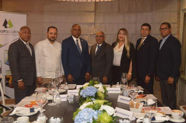 Federaciones cooperativas crean alianza con COOPSEGUROS para apoyo mutuo