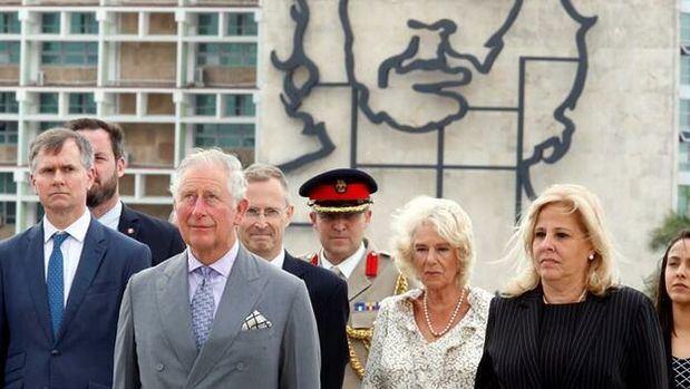 El heredero británico llega a Cuba en misión de diplomacia constructiva