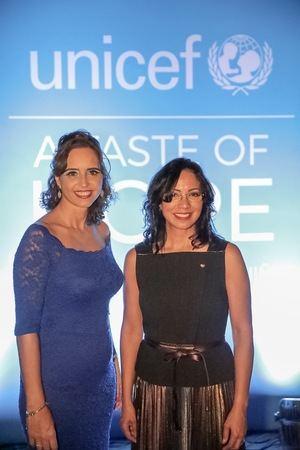 Cristina Alonso y Josefina Navarro.