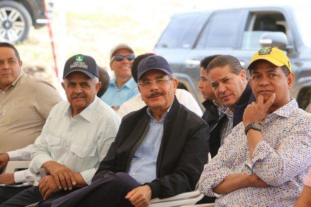 El presidente Danilo Medina en Villa González, Santiago.