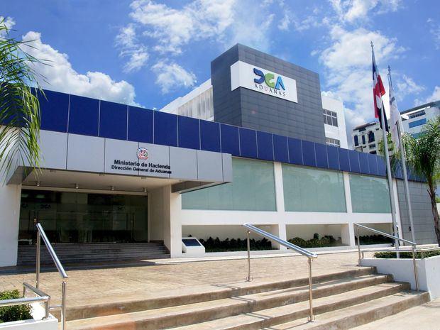 La DGA recauda 33.7 millones de pesos en subasta de mercancías abandonadas