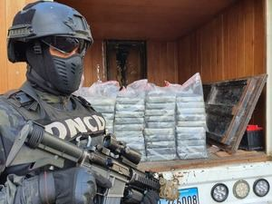 Decomisan en Haina Oriental 60 paquetes de cocaína procedentes de Colombia.