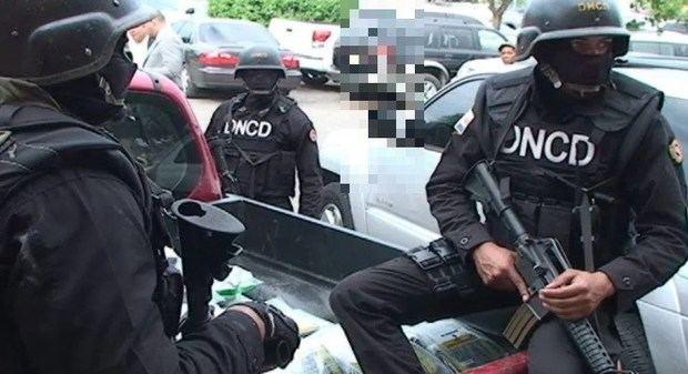 Agentes antidroga dominicanos tirotean a miembro de equipo del film