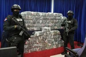 La Dirección Nacional de Control de Drogas (DNCD) dominicana  y el Ministerio Público informó  del decomiso de más de 27 kilos de drogas.