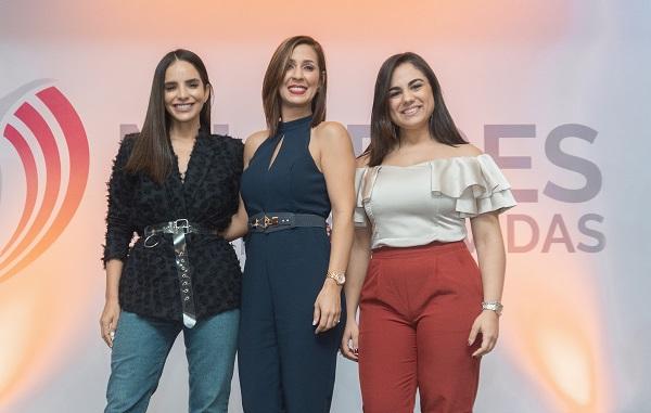 Movimiento Mujeres Edificando Vidas realiza con éxito primera conferencia