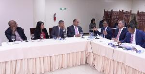 Comisión Bicameral en reunión con instituciones