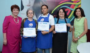 Margarita Mendoza, Sandra E. López , Elaine Mena,  Rebeca del Castillo y Rhina ibert.