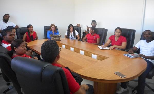 Zona Franca Industrial de Puerto Plata recibe visita de estudiantes de la UASD