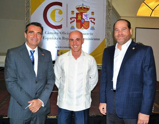 Juan Antonio García Carnicer, Alejandro Abellan García de Diego y Julio García.