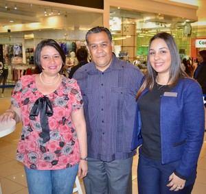 Liza Rosa, Vicente Escamilla y Sharyna López