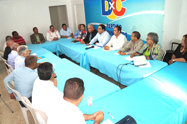 Intervención de dirigentes de DXC