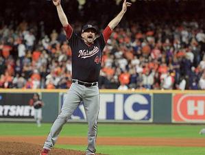 Daniel Hudson revela estrategia de los Nacionales para vencer trampa de Astros.