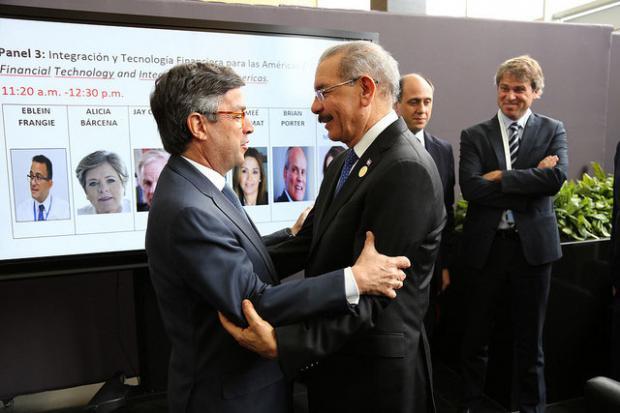 Danilo y presidente del BID estrechan lazos de diálogo y cooperación