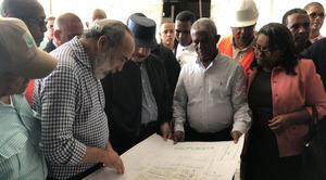 presidente Danilo Medina realizó una Visita Sorpresa al Hospital San Bartolomé de Neiba, donde supervisó los avances de la construcción que se encuentra en un 67%.
