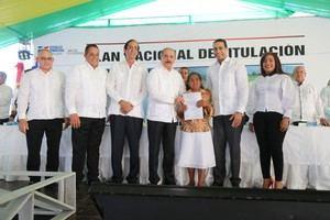 Danilo Medina realiza visita a Montecristi.