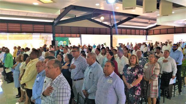 Delegados e invitados que acudieron a la 68 Asamblea General Ordinaria de la Cooperativa José  en el salón de Guajaca.