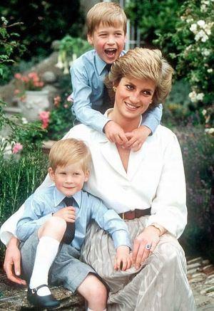 Diana junto a los principes cuando estos eran pequeños.