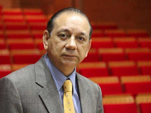 Diómedes Núñez Polanco publica dos libros