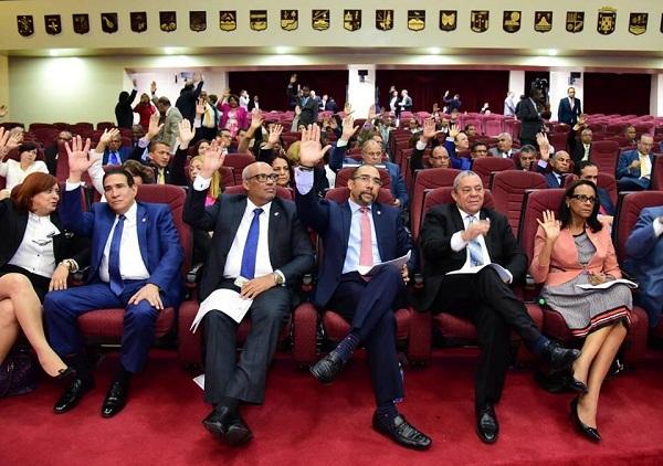Diputados rechazan nuevamente agendar investigación sobre contratos de Joao con el Gobierno