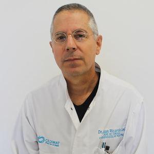 Doctor Juan León Wyss, Gerente de Cirugía Cardiovascular Pediátrica de CEDIMAT.