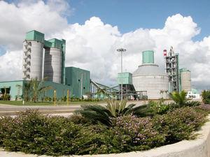 Planta de Cemento DOMICEM.