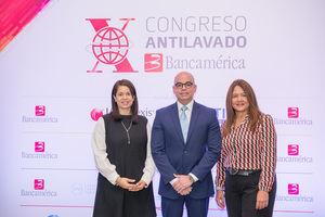 Dorca García, José Carlos Durán y Yannacely Álvarez.