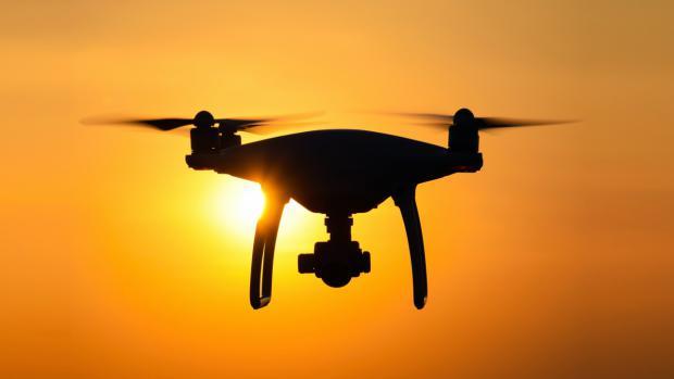 Eliminan el cobro de tasas en los servicios de drones