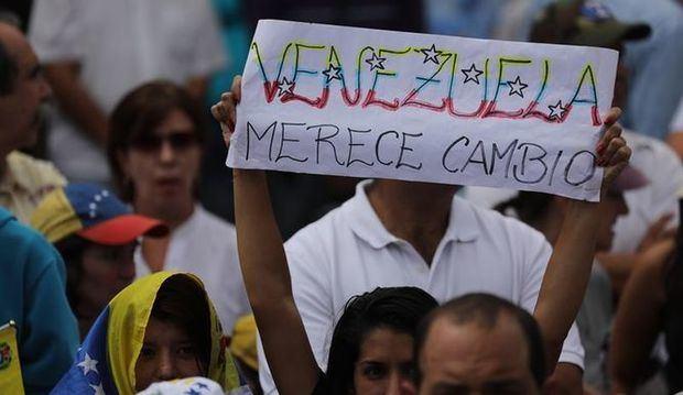 EE.UU. advierte de represalias si hay violencia contra oposición en Venezuela