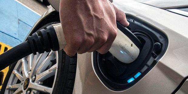Casi la mitad de los consumidores estadounidenses (48%) cree que los automóviles totalmente autónomos no serán seguros.