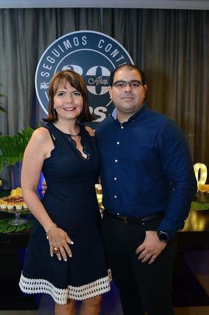 Larissa Saviñón y Alfonso Suarez.