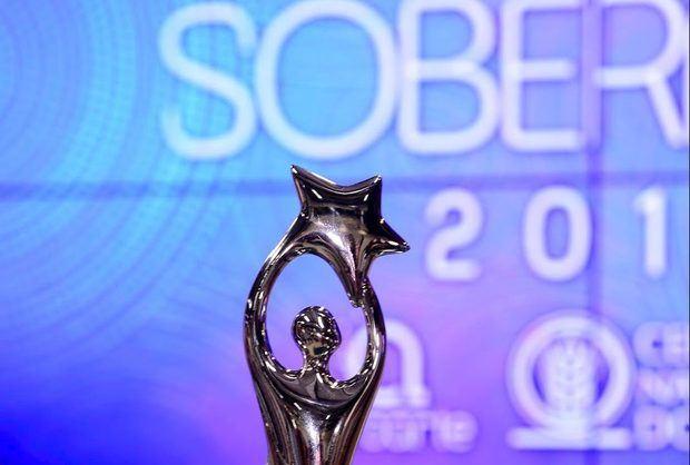 Destacadas figuras participarán en el pre show de los premios Soberano