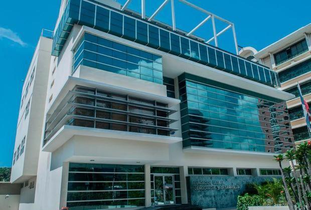 Edificio de la Fundación Global Democracia y Desarrollo, FUNGLODE.