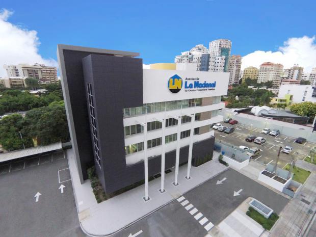 La Asociación La Nacional cumple 45 años al servicio de las familias y empresas dominicanas
