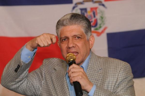 Eduardo Estrella advierte pondría en peligro la soberanía nacional