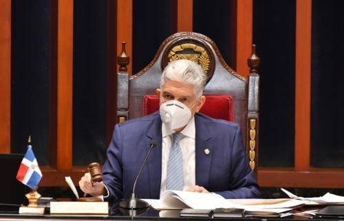 Eduardo Estrella, presidente del Senado.