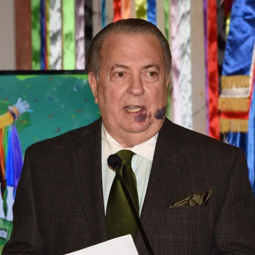 Arquitecto Eduardo Selman, ministro de Cultura.
