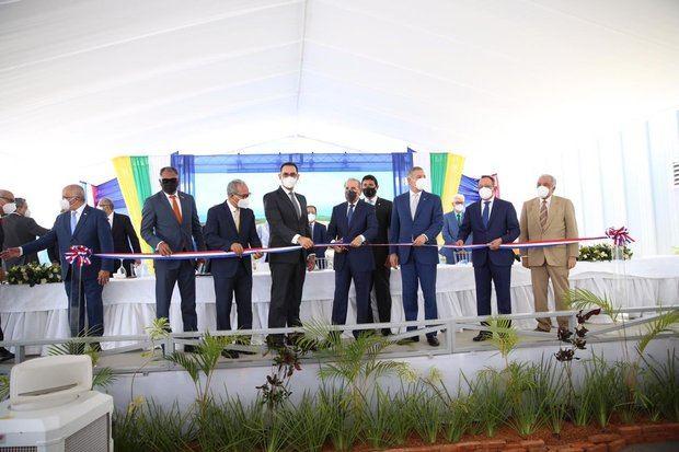 Fue entregada en un acto enacabezado por el presidente Danilo Medina: la Central Termoeléctrica Punta Catalina (CTPC),
