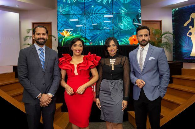 Ejecutivos de Claro y del Comité Organizador de los Premios Iris.
