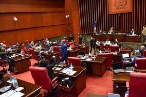 El Senado también aprueba la extensión por 45 días del estado de emergencia.