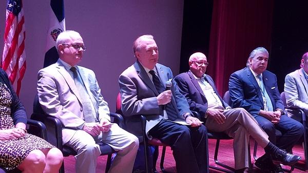 El ministro de Cultura anuncia la XI Feria del Libro Dominicano en Nueva York 2018